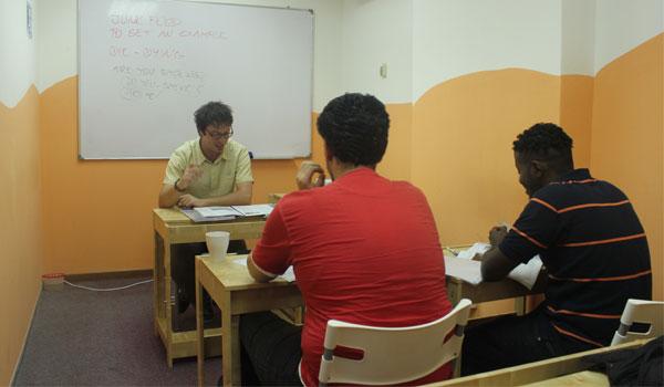 進学 / ビジネスをお考えの方にうれしいIELTSスコア保証プログラム(1ヶ月の受講でOverall 6.0保証)