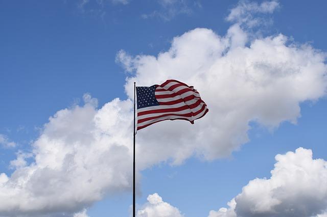 アメリカはワーホリできない……J-1ビザインターンシップという手段