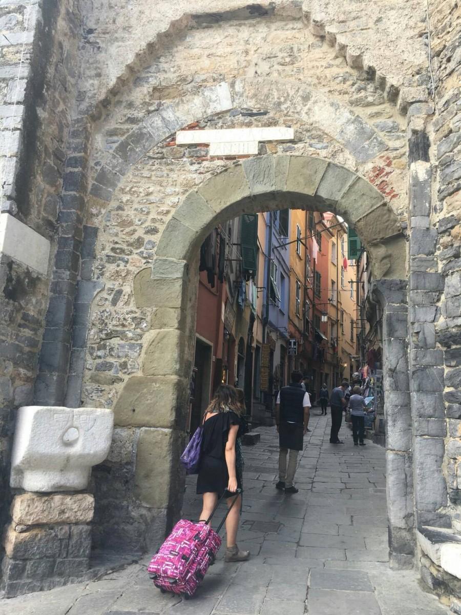 夏のイタリア観光♪Vol.14 街全体が世界遺産のチンクエッテレ散策【あーやのイギリスワーホリブログ】