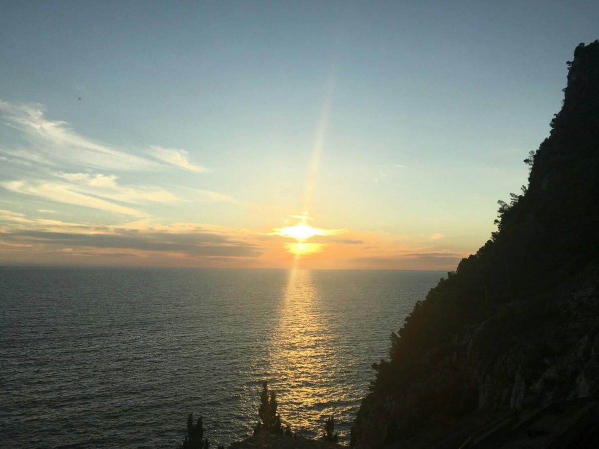 夏のイタリア観光♪Vol.18 チンクエッテレはサンセットも美しい!【あーやのイギリスワーホリブログ】