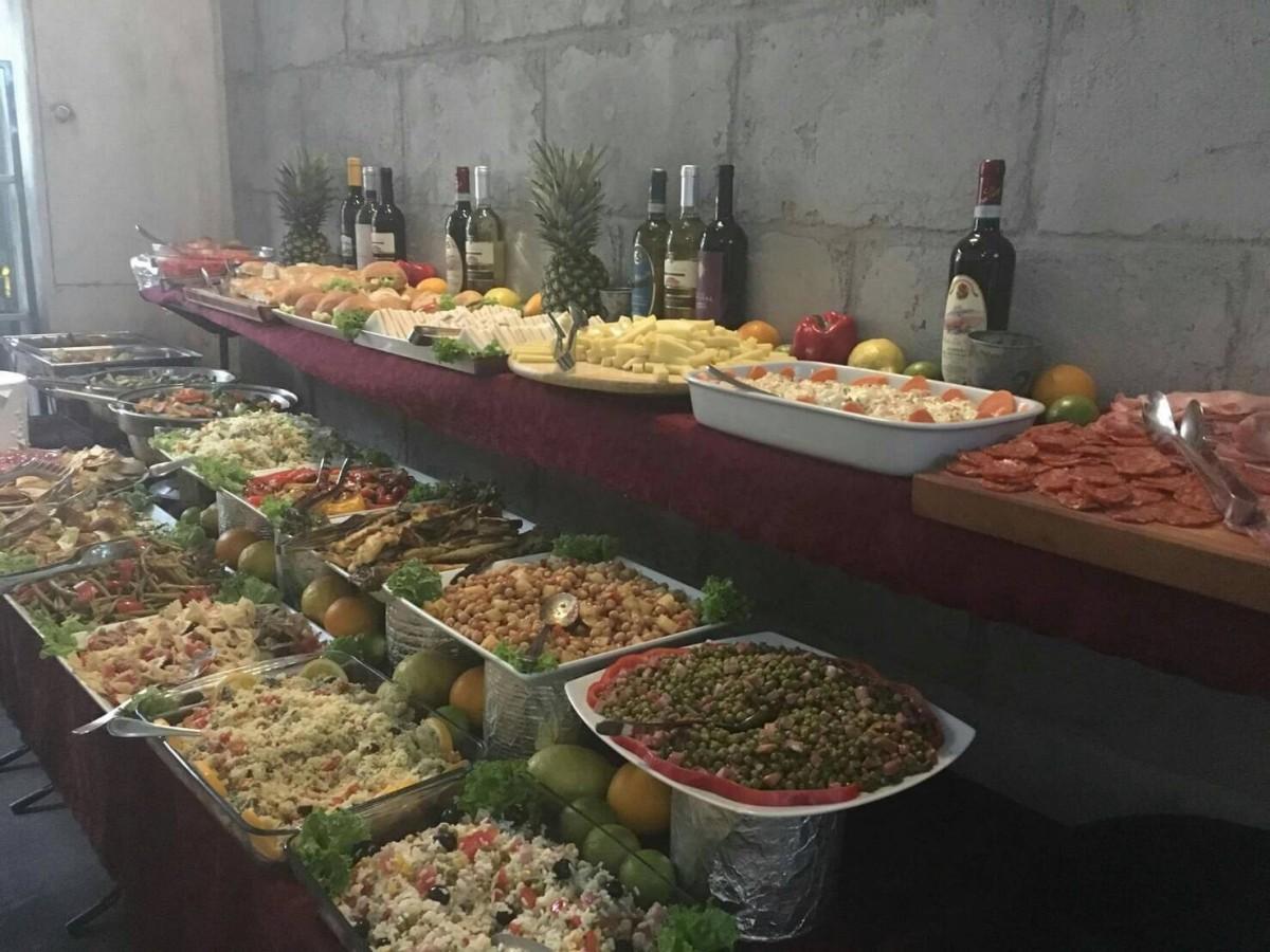 夏のイタリア観光♪Vol.5 ナヴィリオ運河沿いのお洒落なレストランへ♪【あーやのイギリスワーホリブログ】