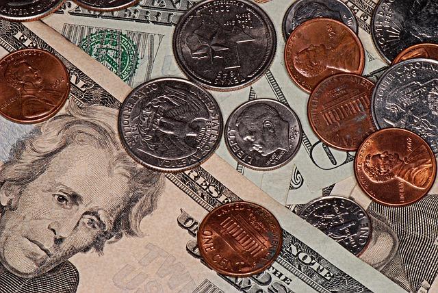 カナダ国内でのアメリカドルの取り扱いについて