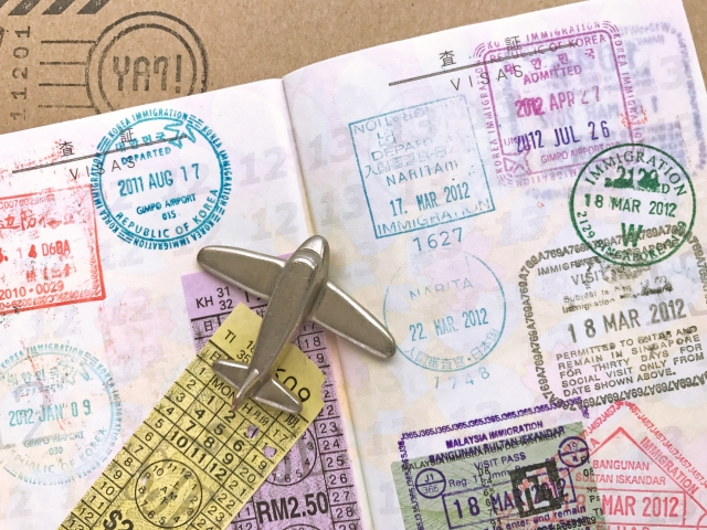 オンライン申請からスタート!F-1ビザの申請方法