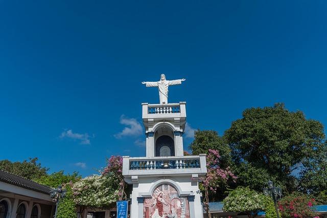 キリスト教を信仰している人がほとんど!?フィリピンの宗教