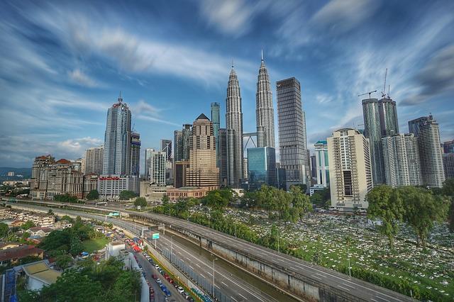 東南アジアではトップレベル!マレーシアの交通について