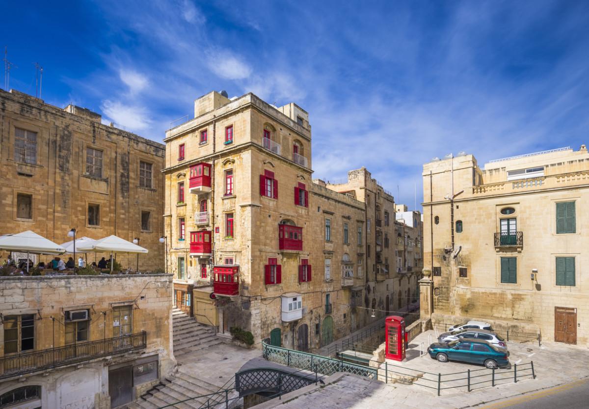 マルタ留学で準備するべき持ち物とは?厳選して旅行バッグをスッキリ