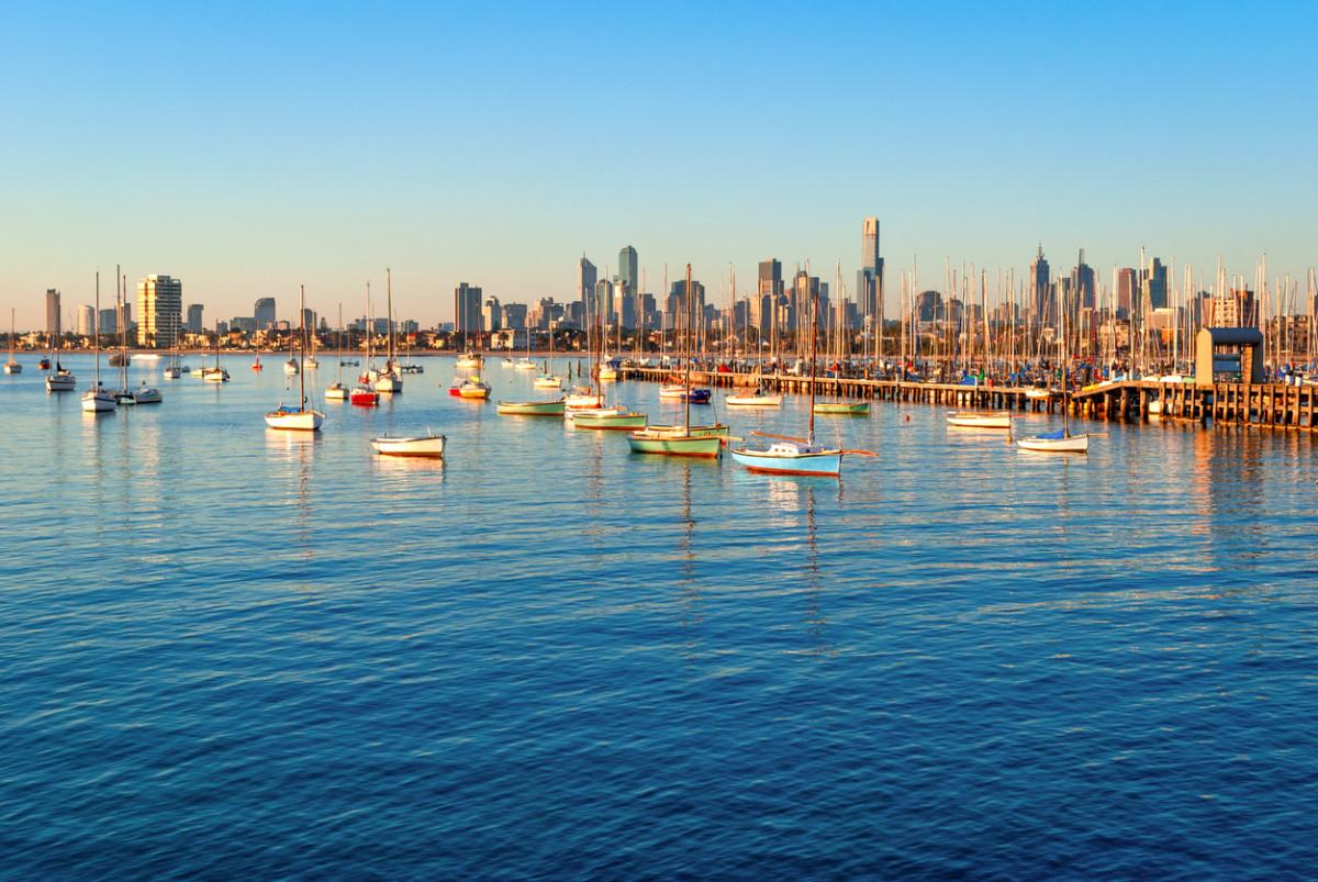 オーストラリアに社会人留学するメリットは?必要な費用についても解説