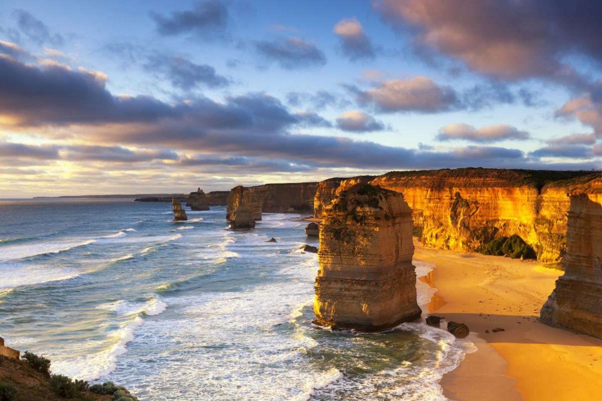 オーストラリアへの短期留学にはいくら必要?期間ごとの費用の目安を解説