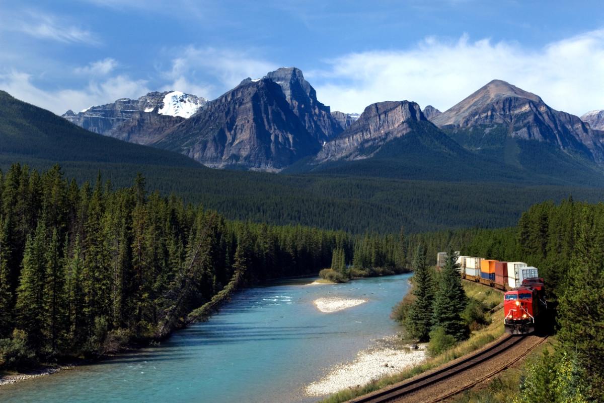 カナダ留学におすすめな5つの都市|カナダ留学のメリットやデメリットも見てみよう