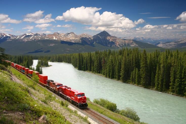 カナダ留学がおすすめな5つの理由|人気都市も詳しく紹介