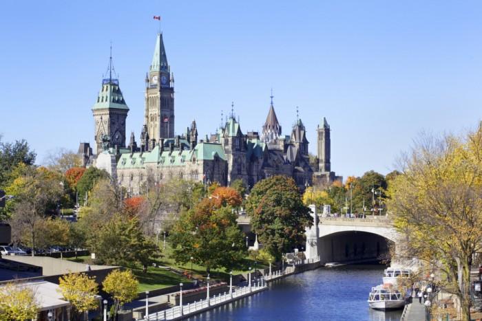 カナダ留学にはどんな持ち物が必要?後悔しないため準備をしよう