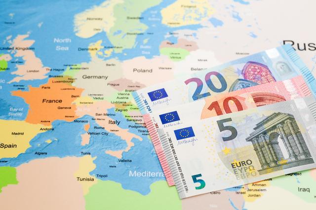 1.留学のお金の持って行き方①:現金を持って行く