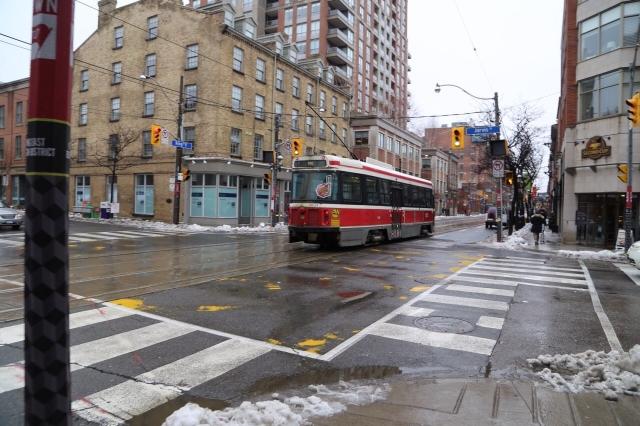 カナダ主要都市のバス料金システム