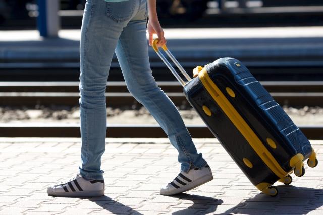 オーバーすると追加料金が!飛行機で持っていくスーツケースの制限