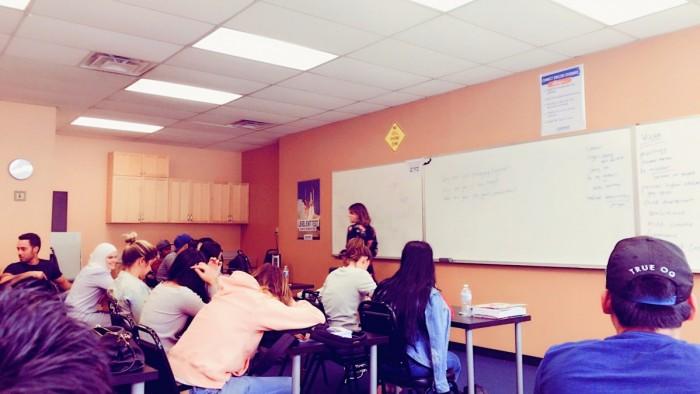 LAの語学学校コネクトイングリッシュスクール初授業!【りなのアメリカLA留学ブログ】
