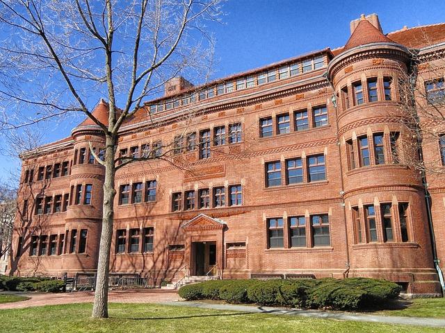 ハーバード大学に留学するために必要な費用の目安