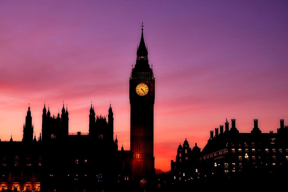 イギリスで使用されている通貨は「ポンド」