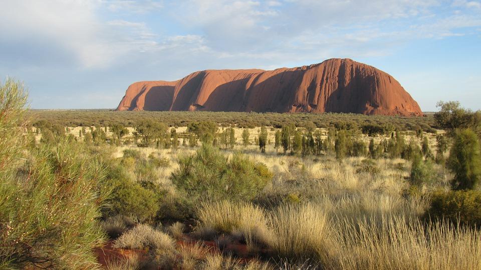 オーストラリアの自然を満喫できるスポットその③:岩・砂漠編