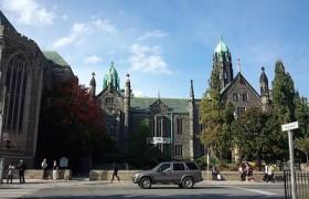 カナダトロント 観光名所 トロント大学 エミリーのEnglish留学日記