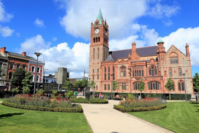 アイルランド留学にかかる期間別費用と内訳。現地での節約方法は?