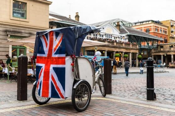 イギリス留学ならホームステイをしよう!特徴やメリットについて