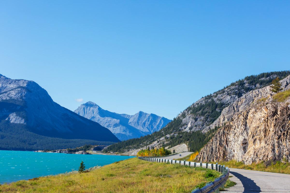 カナダへ短期留学するにはいくらかかる?ビザの種類やそれぞれの費用の内訳