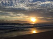 GIRLS留学 オーストラリアなう Gold Coast sunrise