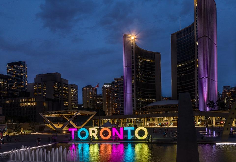 国際色豊かなカナダ最大の都市「トロント」