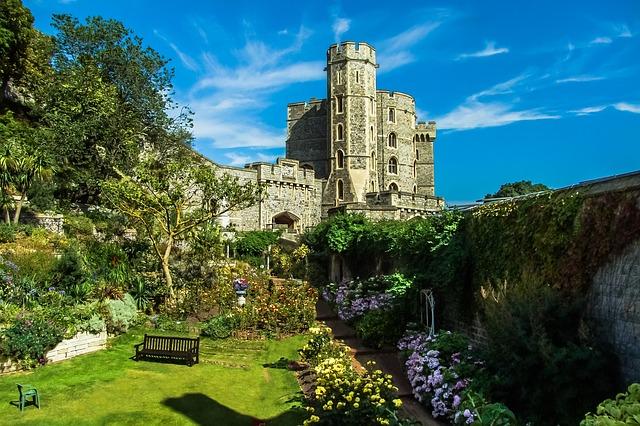 イギリスの有名な場所①:お城・宮殿編
